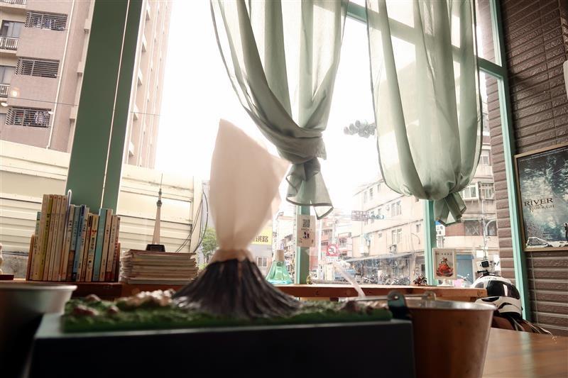 三峽 富士商號 肉蛋土司 013.jpg