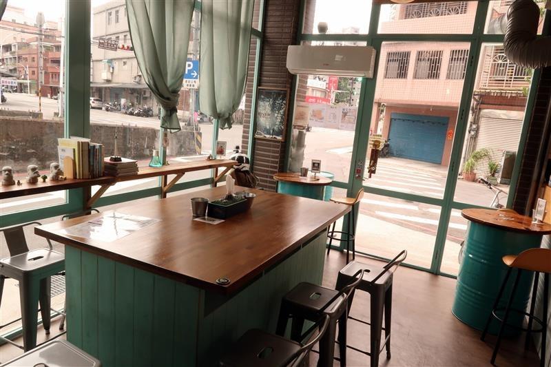 三峽 富士商號 肉蛋土司 017.jpg