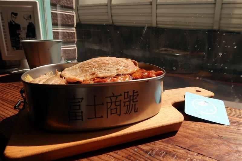 三峽 富士商號 肉蛋土司 046.jpg