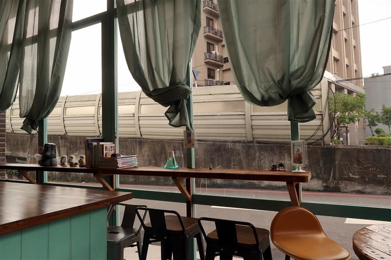 三峽 富士商號 肉蛋土司 071.jpg