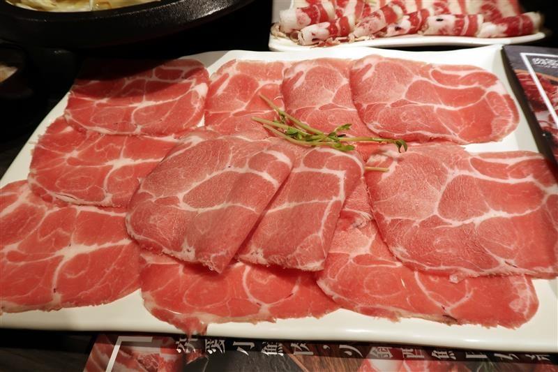 肉多多 新店 299 石頭火鍋 045.jpg