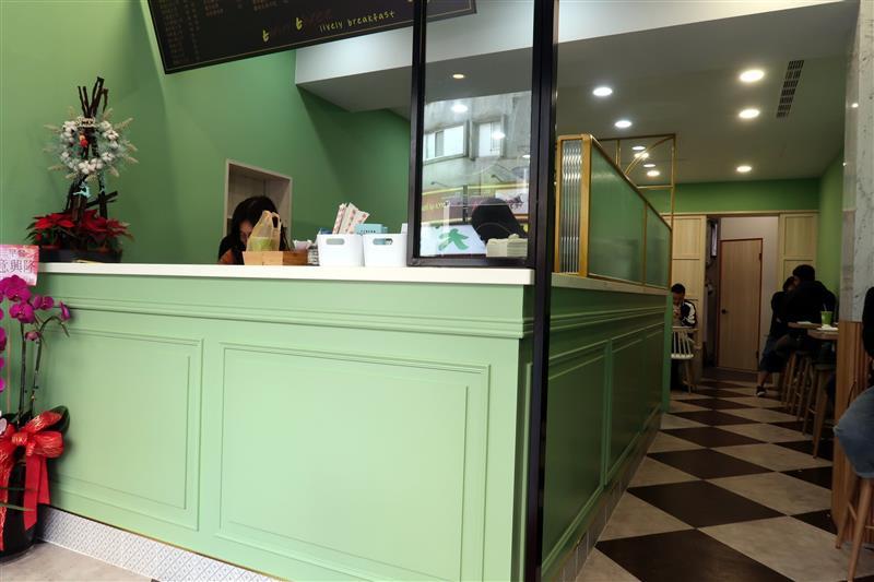 三三早餐 新店 肉蛋土司 019.jpg