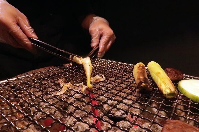 忠孝敦化吃到飽 燒肉殿 菜單 100.jpg