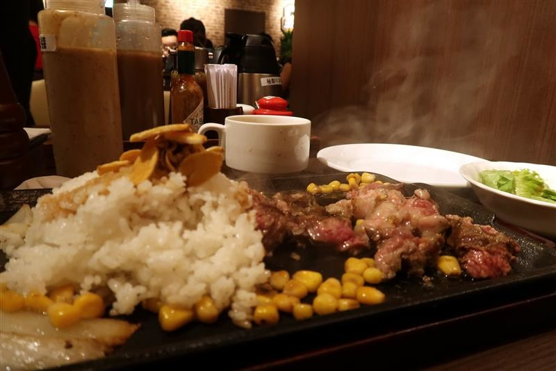 Ikinari Steak いきなりステーキ 台湾   029.jpg