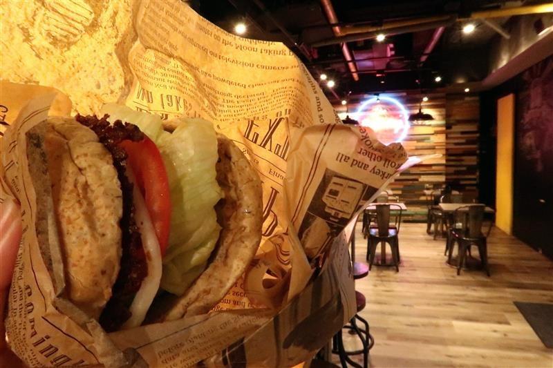 burger ray 漢堡 UBEREATS 自取 019.jpg