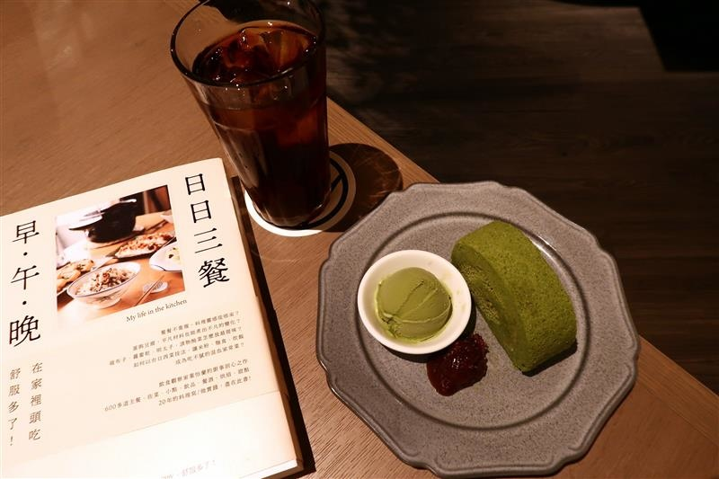 tsutaya bookstore 蔦屋 wired chaya 茶屋 南港 018.jpg