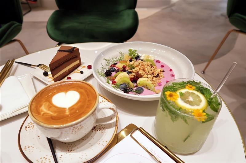 好伴 CAFÉ 凱渥 模特兒咖啡廳 (1).jpg