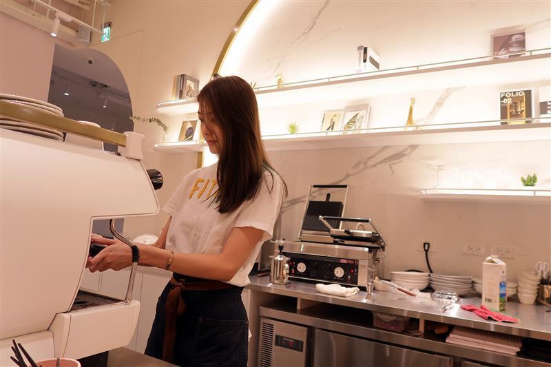 好伴 CAFÉ 凱渥 模特兒咖啡廳 (8).jpg