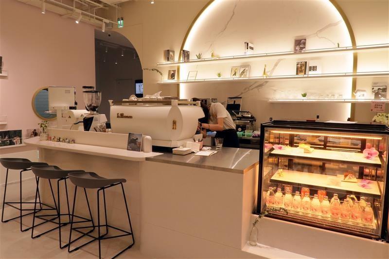 好伴 CAFÉ 凱渥 模特兒咖啡廳 (42).jpg