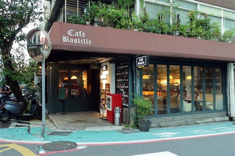 公館咖啡廳  Cafe Bastille 001.jpg