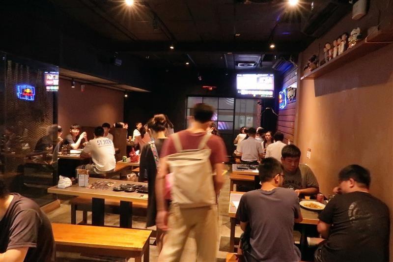 西門町吃到飽 串燒殿 熱炒吃到飽 001 (87).jpg