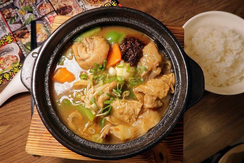 南龍麵屋 黃悶雞飯 牛肉麵 020.jpg