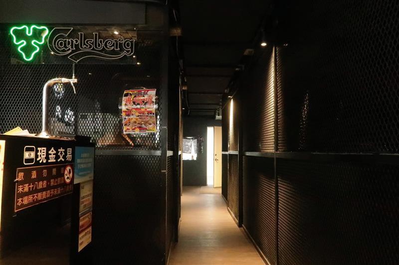 板橋燒肉吃到飽 燒肉殿 板橋耶誕城003.jpg