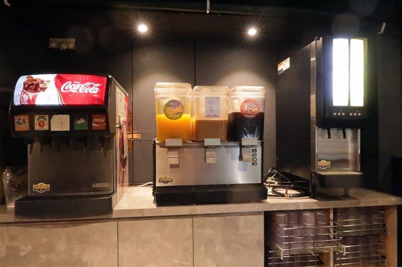 板橋燒肉吃到飽 燒肉殿 板橋耶誕城012.jpg