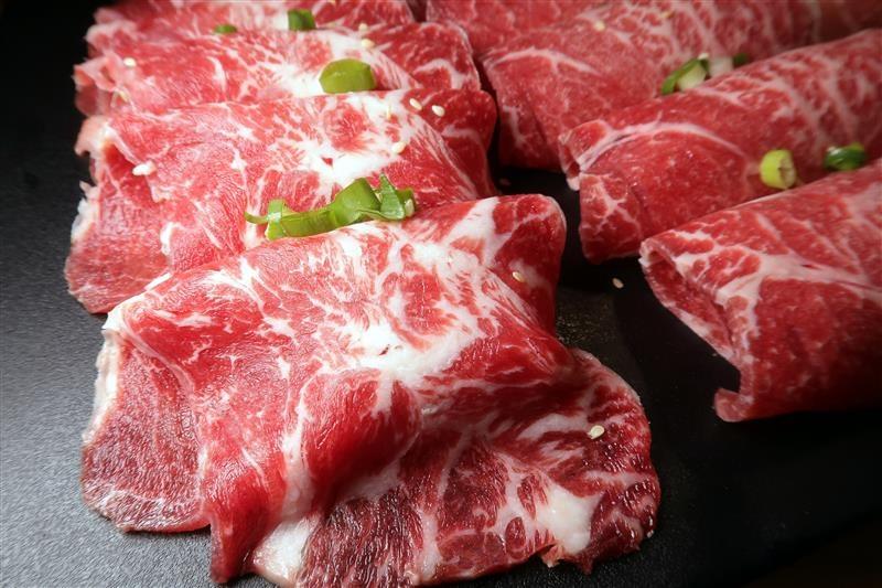 板橋燒肉吃到飽 燒肉殿 板橋耶誕城015.jpg