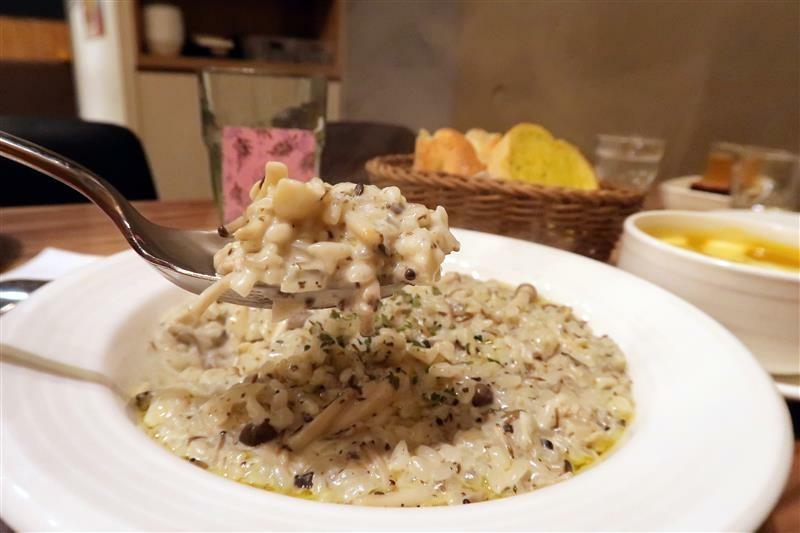 Miga kitchen pasta 信義區義大利麵034.jpg