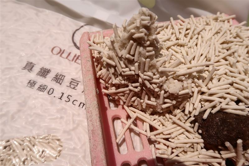 OLLIE CAT 真纖細豆腐砂 003.jpg