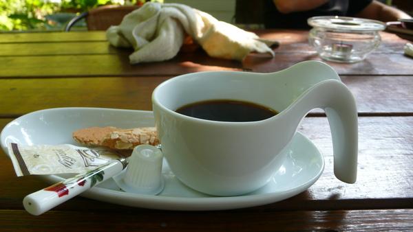 莫內民宿-義大利帶回咖啡杯.JPG