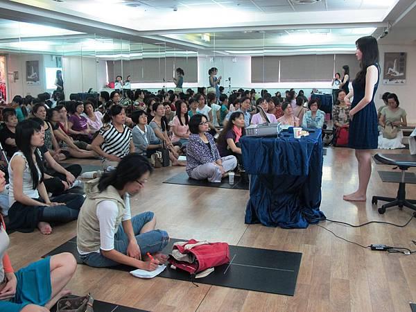 20120922瑜珈協會婦科保健.jpg