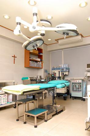 徐永康整形外科-手術室