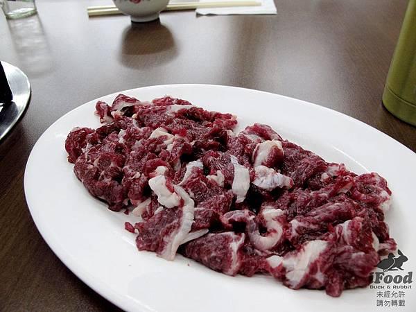 03_牛肉 帶油花-1