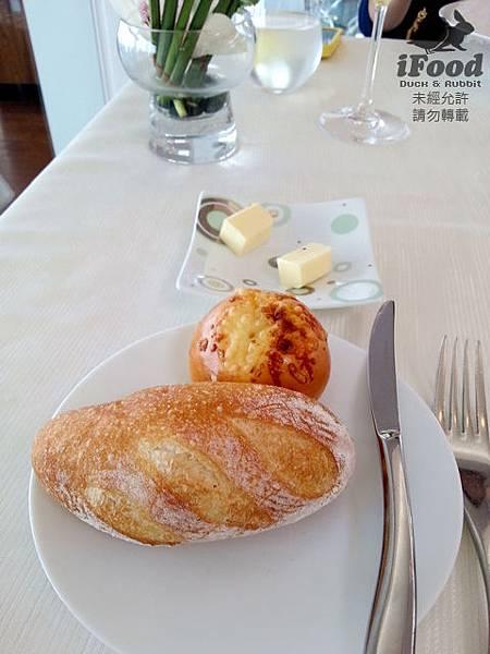 01_Bread-1