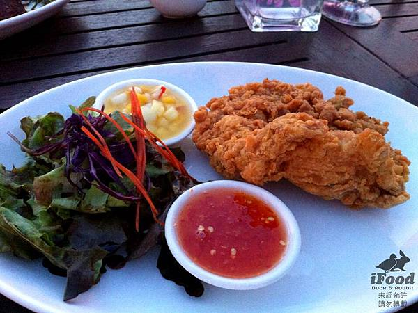 02_Fry Chicken with Salad