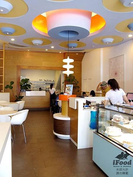 01_2_深藍咖啡 店內一景.JPG