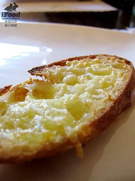01_南瓜濃湯佐麵包-3.JPG