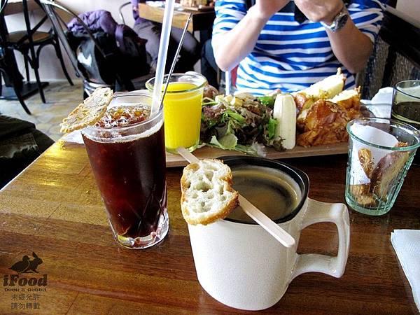 04_冰咖啡+熱咖啡.JPG