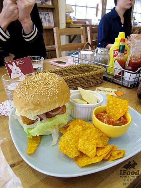 01_鮮魚漢堡.JPG