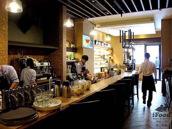 00_2_馬多尼生活餐坊 店內一景-2.jpg