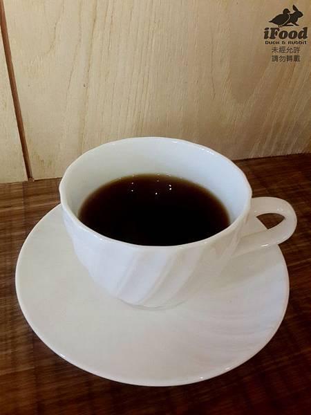 03_水洗式耶加雪菲手沖咖啡.jpg