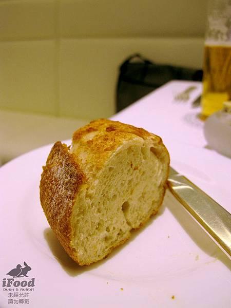 02_麵包佐橄欖油及特製奶油-4.JPG