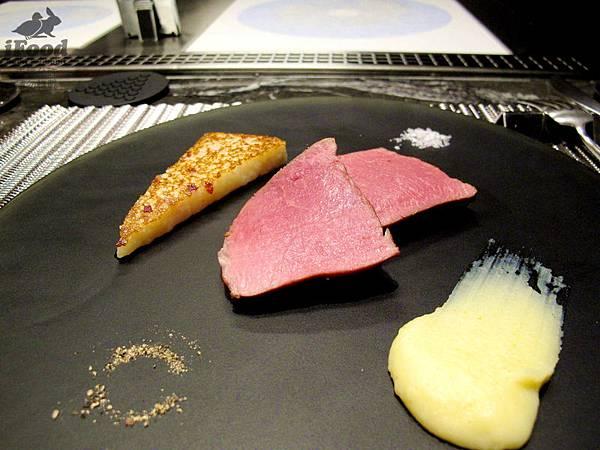 07_羔羊佐蘿蔔糕白醬-1.JPG