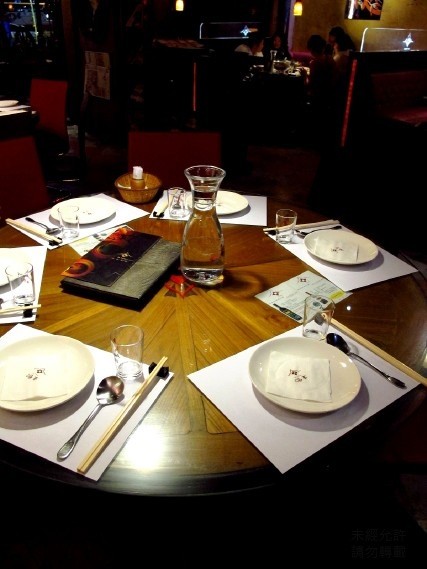 00_2_Table Setting-1.jpg