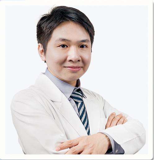 鄭鈞云醫師-皮膚科-彤顏診所-蕁麻疹-痘痘-斑點