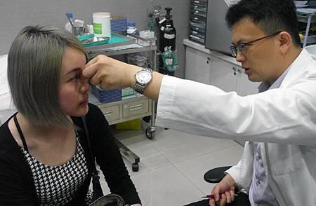 台中埋線隆鼻推薦埋線隆鼻朵特菈4D埋線隆鼻價格台中朵特菈劉力維醫師埋線隆鼻.jpg