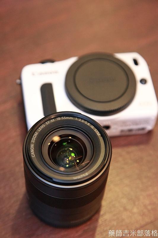Canon_EOS_M_010