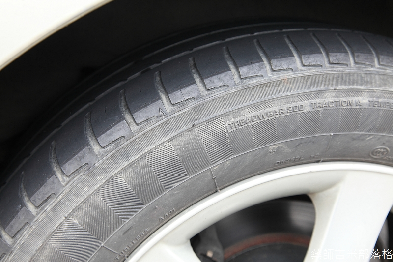 Michelin_Energy_Saver_003