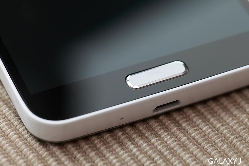 Samsung_Galaxy_J_019.jpg