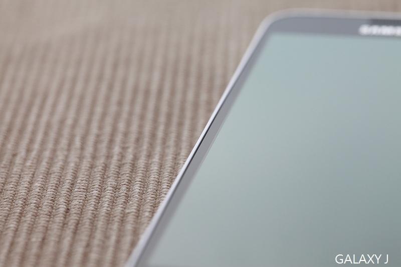 Samsung_Galaxy_J_021.jpg