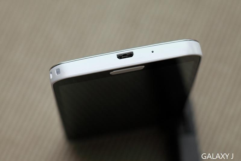 Samsung_Galaxy_J_024.jpg