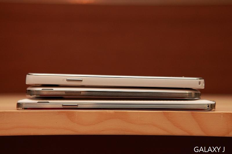 Samsung_Galaxy_J_072.jpg