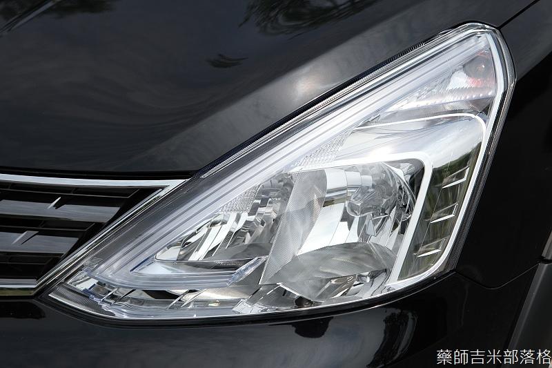 Nissan_LIVINA_019.jpg