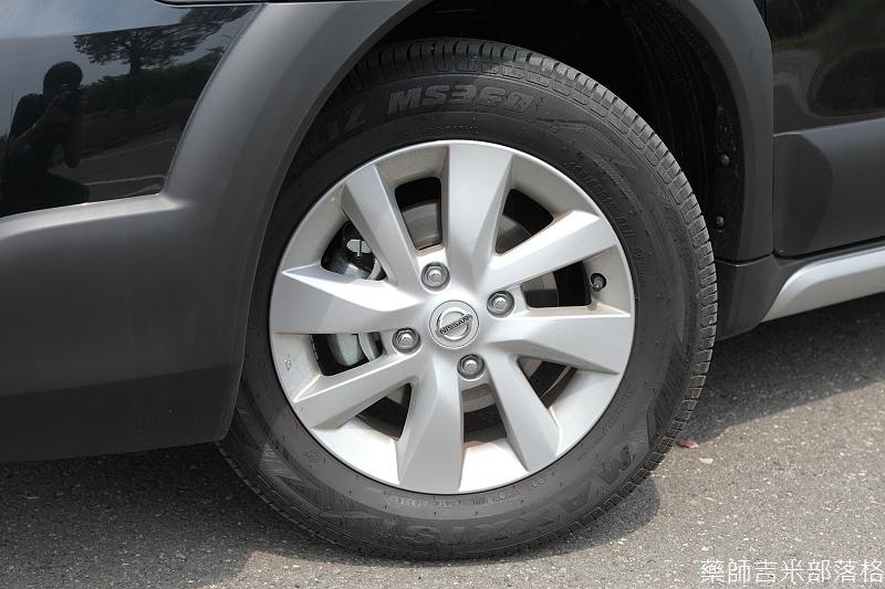 Nissan_LIVINA_021.jpg