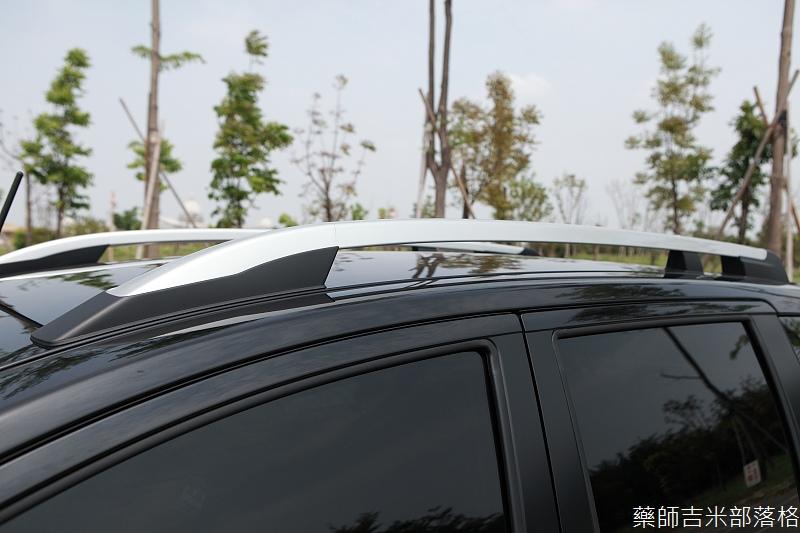 Nissan_LIVINA_022.jpg
