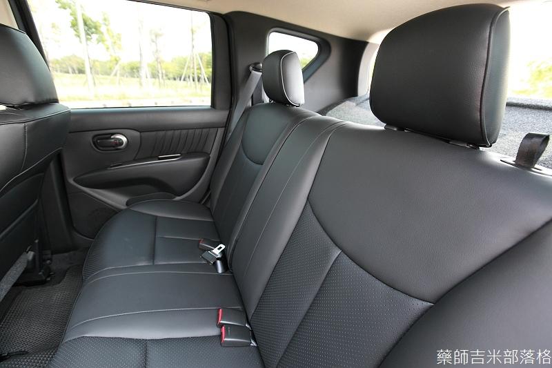 Nissan_LIVINA_069.jpg
