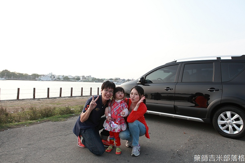 Nissan_LIVINA_149.jpg