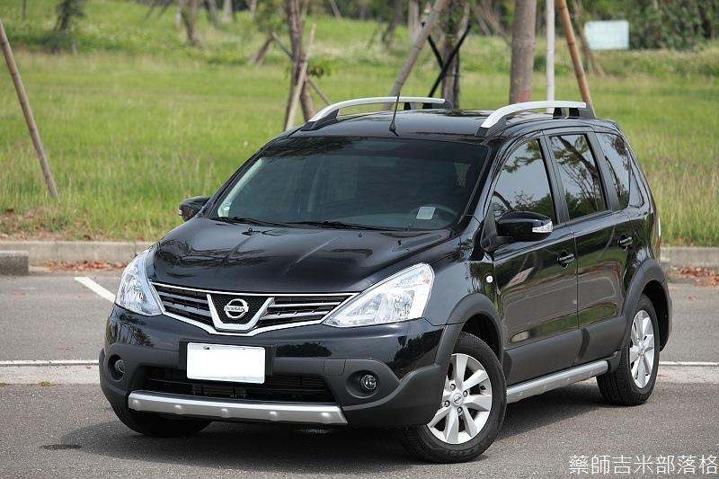 Nissan_LIVINA_010.jpg